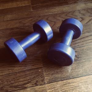 筋トレのせいで体重増加!筋トレ開始1か月半