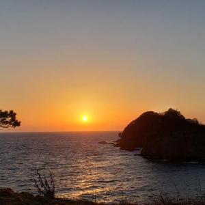 日本の夕陽百選 西伊豆堂ヶ島からの夕陽♪