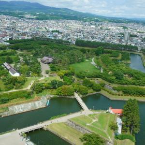 飛鳥IIで夏の北海道クルーズ 4(自然と調和する函館市)