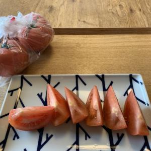 大島トマトの普通のトマトも激ウマ!!