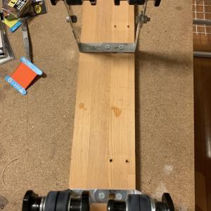 鮎仕掛け編み込み機