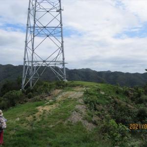 お菊山の送電鉄塔 後半