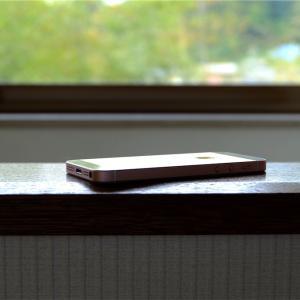 名機よ再び。今度こそiPhone SE2に期待。【小型スマホ】