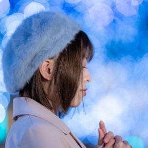 イルミネーションを背景にポートレート撮影にご協力いただいた及川愛未さん #013
