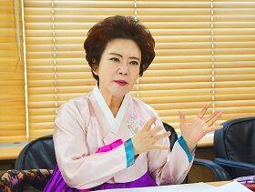 キムチ名人「大韓民国がキムチ宗主国だ。海外のキムチにロイヤルティーを!」(・・;)