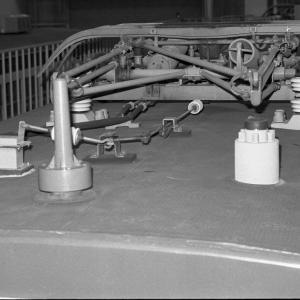 クモヤ143の屋根の写真 詳細