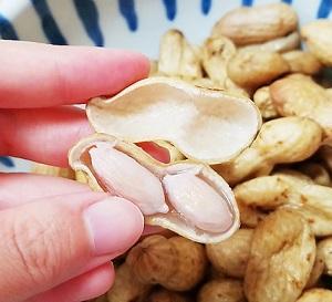 旬を味わう!生落花生のゆで方と殻が飛び散らないむき方。
