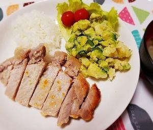 腸内環境を整えてくれる塩麴を使ったレシピ。安いお肉が塩麴で柔らかくなる?