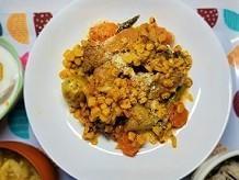お肉を食べて元気に!粒マスタードとコーンのスペアリブ煮の作り方。