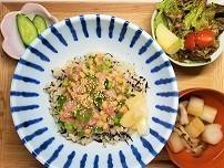 【まごわやさしい】ひじきご飯のネギトロ納豆丼定食の作り方。
