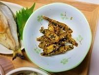 【作り置きレシピ】揚げゴボウの青のりとゴマ和えの作り方。