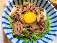 すき焼き風丼ぶりの作り方。なんか調子が悪い時は肉を食べるのが一番だと思う。
