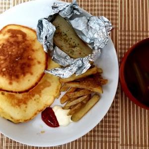 ワンプレート楽々ホットケーキ&魚のホイル焼き。旨辛いおススメのカレールウの話ー朝ご飯ー