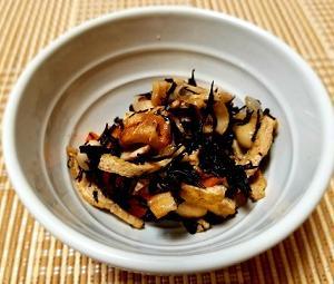 お弁当にも使える!食中毒対策!作り置きに便利な大豆の梅ひじき煮の作り方。