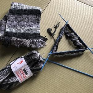 手編みのキャスケットとニット帽♪