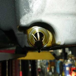 ハイゼット・アルミオイルパン交換!タップボルトを用意するならトルクレンチを用意しましょう!