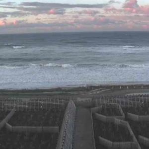 本日は天候回復。しかし、海はかなりの荒れ模様