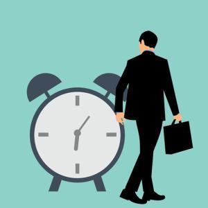 忙しいサラリーマンが副業で30万稼ぐための時間の作り方と続け方