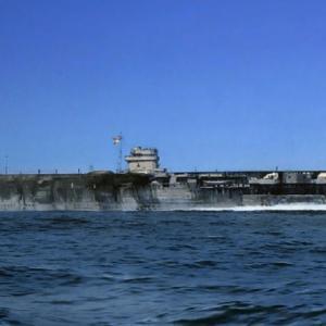 1944年8月10日に就役した空母天城は、全く活躍することもなく呉の空襲でやられてしもた!!の巻
