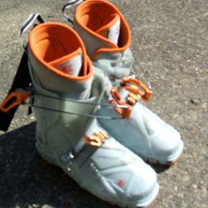 TLT兼用靴が・・・