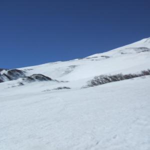 鳥海山・春スキー