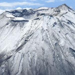富士山の初冠雪が訂正・・・