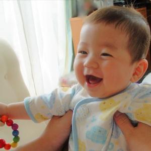 赤ちゃんが抱っこを嫌がるとしても,父親がすぐに赤ちゃんを抱っこしなければいけない理由。