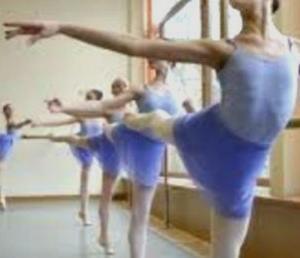 【バレエ】最も効果的に注意を聞く方には