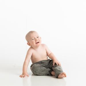 赤ちゃんが急にミルクを飲まなくなったときの対処法【混合育児のお悩み】