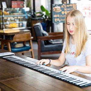 ロールアップ・ピアノは便利?