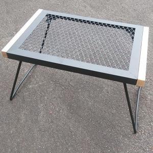 焚き火テーブル(BUNDOK)