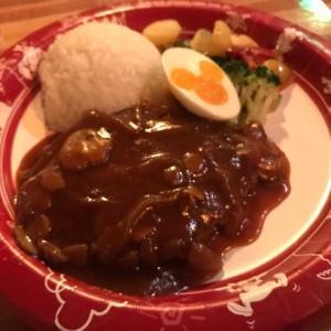 TDL グランマ・サラのキッチンでハンバーグ&ライス、エッグとベジタブル添えを食べてみた!