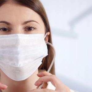 新型コロナウイルスはマスクも手袋も効果が無い!