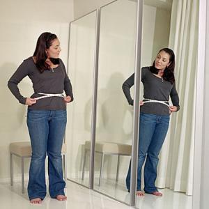 小太りの女性は食事を減らしても痩せない!