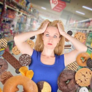 痩せたいのに、お菓子が止められない本当の理由