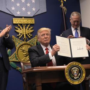 トランプ大統領が起こす奇跡の復活を予想する!
