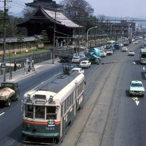 東寺五重塔と京都市電