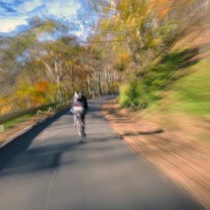 サイクリングに悪影響!!  視力の衰え