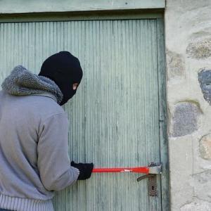 オートロックじゃない家でやっておくべき防犯対策