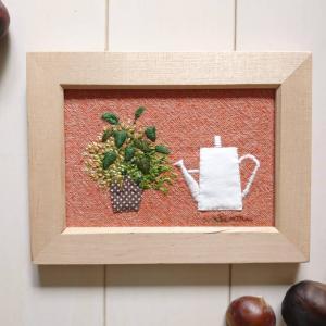 鉢植えの壁飾り