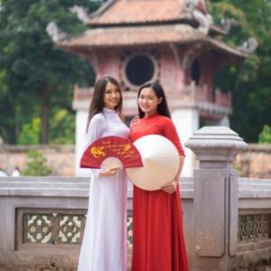 一度は着てみたい!厳選、旧正月用アオザイ② in Vietnam