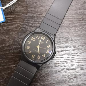 チープCASIOの腕時計が届きました。
