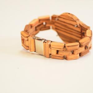 【新作】レディースの木製腕時計