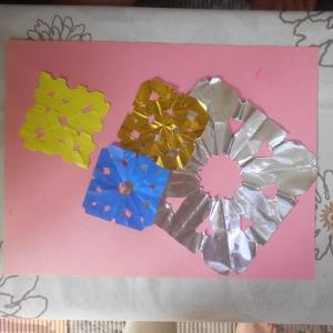 折り紙で素敵な切り絵
