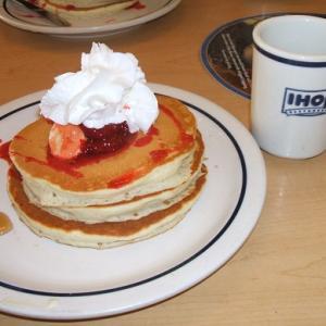 アイホップでパンケーキの朝食