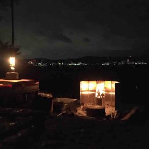 初冬の夜焚き火