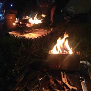 夜のびわ湖でぷちもえファイヤー、久々夜のプチ焚き火