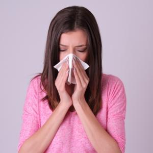 【2021年最新】鼻水・鼻づまりに効く風邪薬-おすすめの市販薬は?