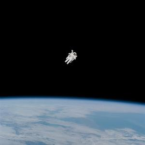 宇宙で1G加重をかけると骨や筋が減らなくなる!