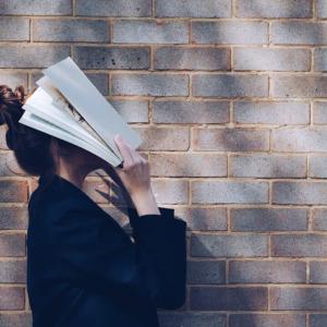 最初はみんな、活字が苦手?苦手を克服して読書家になる3つの方法